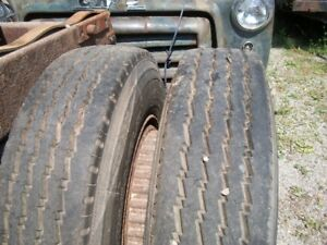 HIWAY TRAILER TIRES 11R 22 . 5
