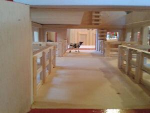 Hand made toy barn Belleville Belleville Area image 10