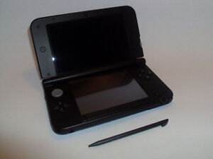 Selling Great Cond. Nintendo 3Ds XL in Super Mario Case! +more