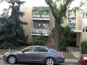 MIDTOWN APART'S - 1 BEDROOM -1530 - 15th Ave. 306 586 0043
