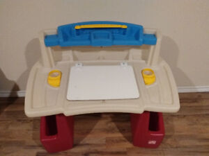Step 2 drawing table for kids good condition - $35