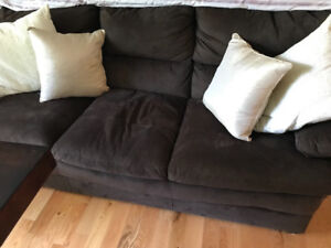 Couch. Perfect condition. Dark chocolate brown