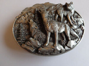Howling Wolves 1981 Begamot Pewter Belt Buckle