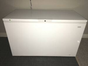FRIGIDAIRE CHEST FREEZER - Only 1 year old - Excellent condition