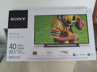 "NEW IN BOX SONY BRAVIA 40""LED HDTV 1080P WITH WARRANTY"