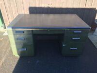 Solid Metal Desk ( Can Deliver )