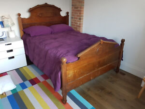 Rustic double pine bed (full size)