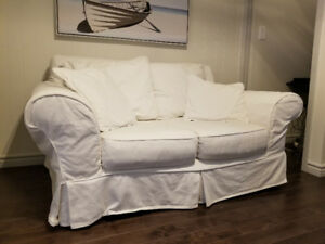 White two seater couch / loveseat