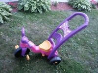 pinck girl tricycle only used one summe for few times