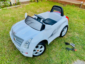 Battery Powered White Cadillac Style Car £50