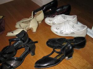 5 paires de souliers de femmes grandeur 7