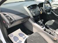 2015 Ford Focus 1.0 T EcoBoost Zetec (s/s) 5dr Petrol white Manual