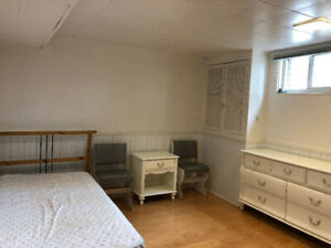 Bedroom at Vic Park&York Mills for female(all inclusive)