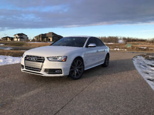 2015 Audi S4 Technik Only 9100 kms - One Owner