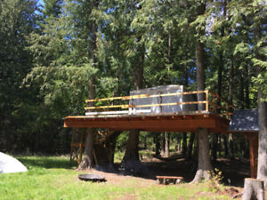 Tree House Deck on 2 remote lots near Pend Oreille Lake Idaho