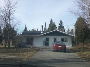 Maison à Vendre | St-Ambroise Saguenay Saguenay-Lac-Saint-Jean image 1