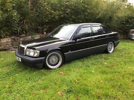 1991 Mercedes-Benz 190 1.8 E Saloon 4dr Petrol Manual (109 bhp)