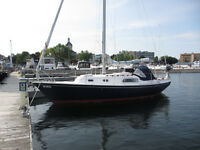 Pearson 30 in Kingston. Price will Drop until Boat is Sold!