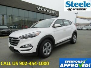 2018 HYUNDAI TUCSON AWD Backup Camera Heated seats Bluetooth and
