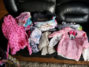 Lot of 3t clothes for girl