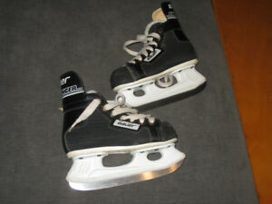 Bauer Challenger black skates kids size 178 mm or 7 ""