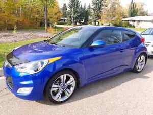2013 Hyundai Veloster Tech Package -WINTER READY!