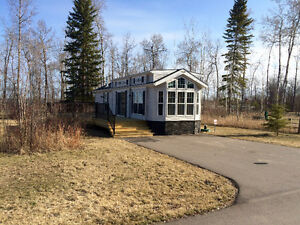 Deeded Lake lot with Park Model on Moose lake