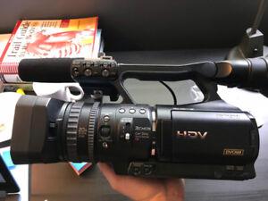 Caméra SONY HVR-V1U 1080i + FISH Eye Century