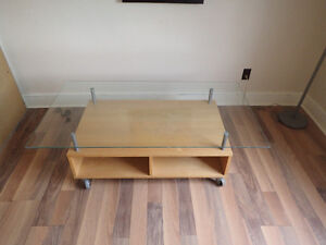 Glass Top Coffee Table on Casters Cornwall Ontario image 1