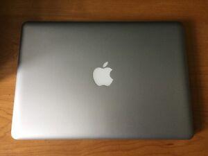 MacBook Pro 13.3in , i5 2.5GHz 4GB 500GB Laptop