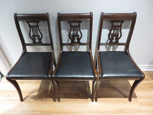 Harp/Lyre Back Chairs/ Chaises Harpe/Lyre