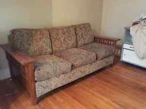 Magnificent Kijiji Couch Loveseat Sofa Buy And Sell Furniture In Ottawa Machost Co Dining Chair Design Ideas Machostcouk
