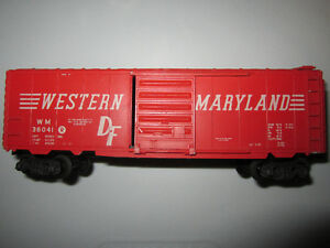 Vintage  HO  Box Car / electric train