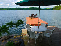 Rustic Cottage - McGregor Lake - 30 mins from Ottawa - Private