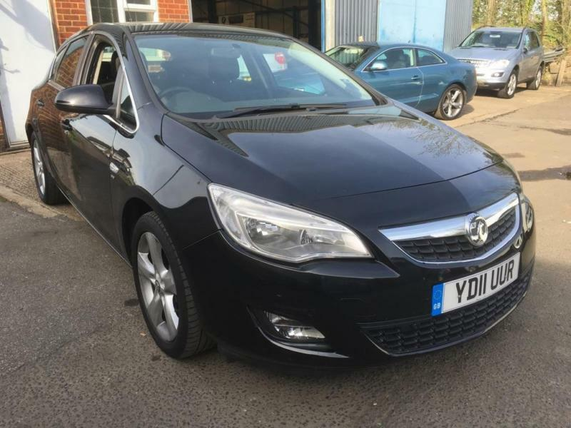 2011 vauxhall astra 1 6 i vvt 16v sri 5dr in slough berkshire gumtree. Black Bedroom Furniture Sets. Home Design Ideas