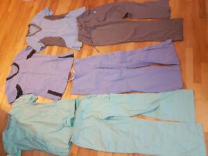 Uniformes hôpital (infirmières ou techniciennes) à vendre!