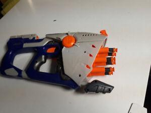 NERF N-STRIKE Gun