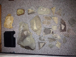 Reptile accessories / hides / rocks / water dish