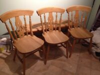 6ft x 3ft solid pine table with detachable legs, 4 chairs and a bench