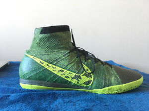 Nike Elastico Superfly Indoor Soccer shoes- size 9.5