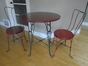 Vintage Ice Cream Parlour Table & Chairs