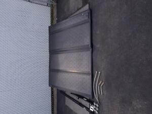 Tonneaux cover rigide (couvert de boîte) Ford