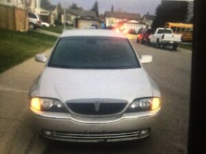 Good luxury Lincoln sedan for sale