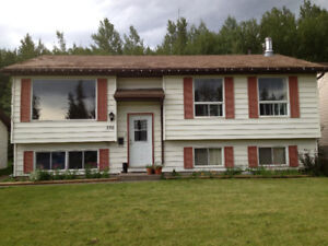 large 4 bedroom house for rent in Tumbler Ridge