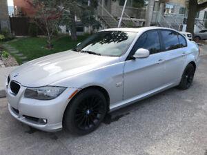 2011 BMW 328i xDrive 93000km. 4 Portes Automatique $16000
