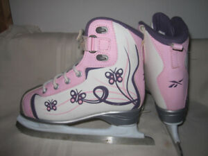 Girls' Recreational Skates Sizes 12 & 2 (CCM/RBK Glitter Girl)