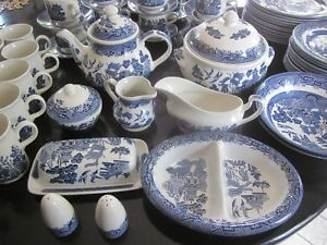 Vintage Churchill Made in Staffordshire England - Blue Willow Cambridge Kitchener Area image 4
