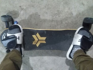 """FreeBoard"" Snowboard in the Street"
