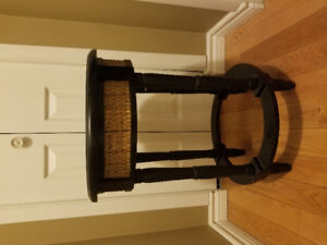 Small accent table $40