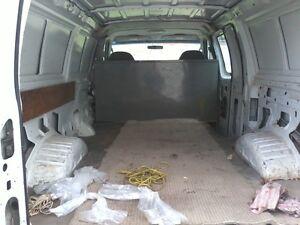 2005 Ford E-250 ECONOLINE VAN Minivan, Van Kawartha Lakes Peterborough Area image 3